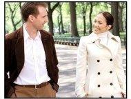 Maid in Manhattan movie still: Ralph Fiennes is Christopher Marshall and Jennifer Lopez is Marisa Ventura
