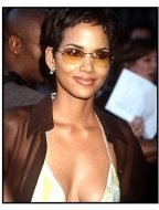 """Halle Berry at the """"X-Men"""" Premiere 2"""
