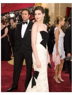 79th Annual Academy Awards Red Carpet: Anne Hathaway
