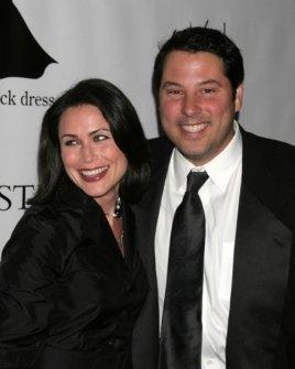 Rena Sofer and Greg Grunberg