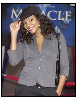 "Gabrielle Union at the ""Miracle"" premiere"