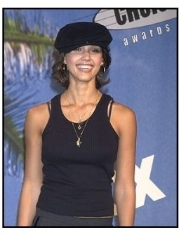 Teen Choice Awards 2002 Backstage: Presenter Jessica Alba