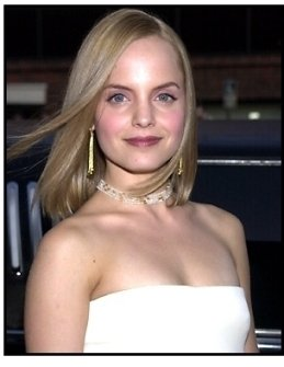 Mena Suvari at the American Pie 2 premiere