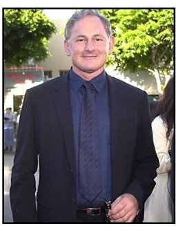 Victor Garber at the Legally Blonde premiere