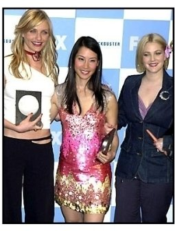 Cameron Diaz, Lucy Liu and Drew Barrymore backstage at the 2001 Blockbuster Entertainment Awards