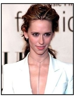Jennifer Love Hewitt at the 2000 VH-1 / Vogue Fashion Awards