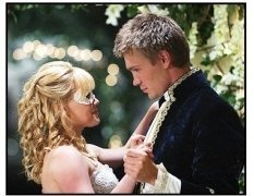 """""""A Cinderella Story"""" Movie Still:Hilary Duff and Chad Michael Murray"""