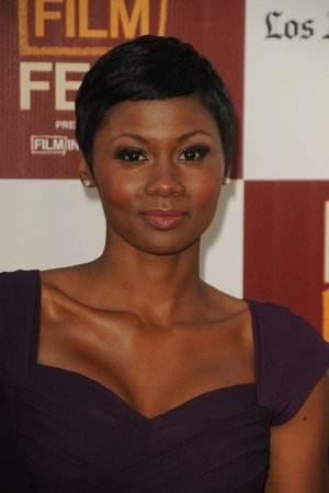 Emayatzy Corinealdi