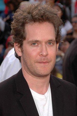 Tom Hollander