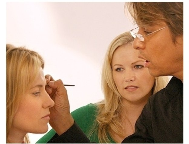 Lucy Lawless Photo Shoot: Lucy Lawless, Margi Blash and Daryl Redleaf