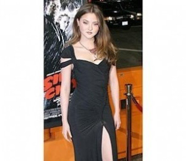 Sin City Premiere: Devon Aoki/FULL