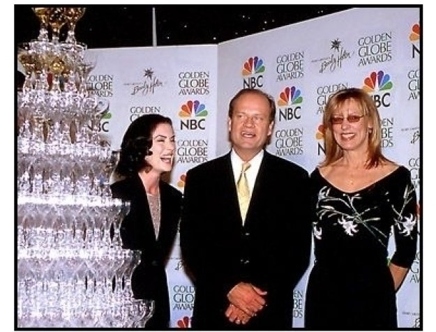Lara Flynn Boyle, Kelsey Grammer and Christine Lahti at the 2001 Golden Globe nominations