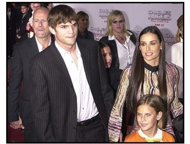 """Bruce Willis, Ashton Kutcher, and Demi Moore and daughters at the """"Charlie's Angels: Full Throttle"""" premiere"""